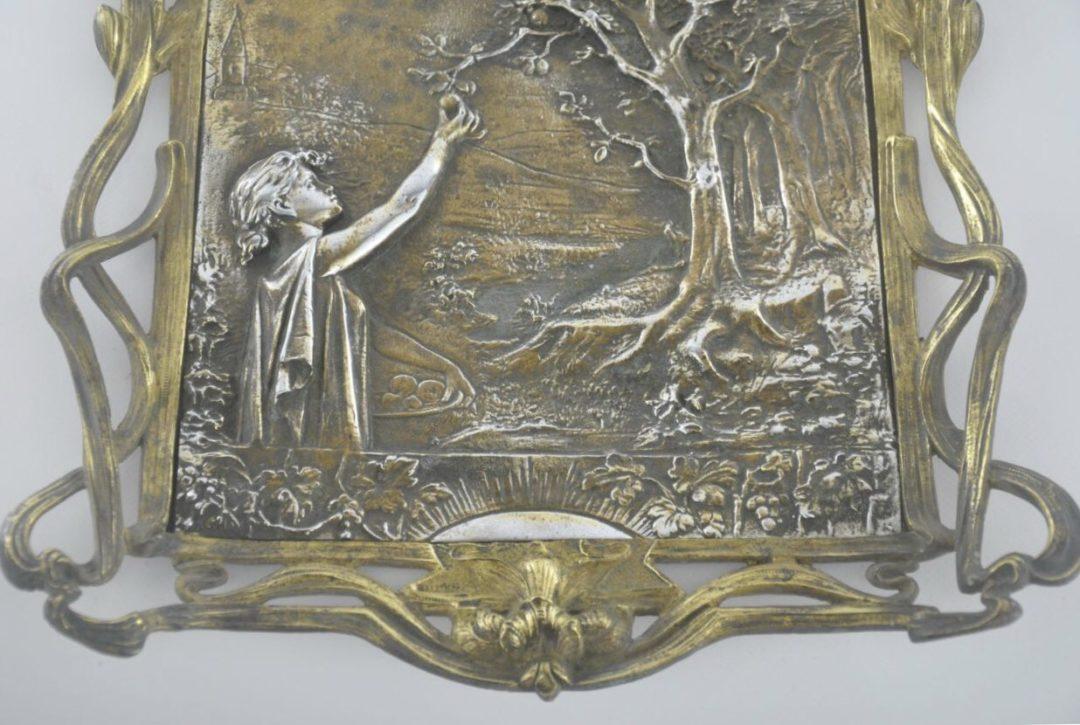 Винтажная брозовая картина в стиле ар-нуво