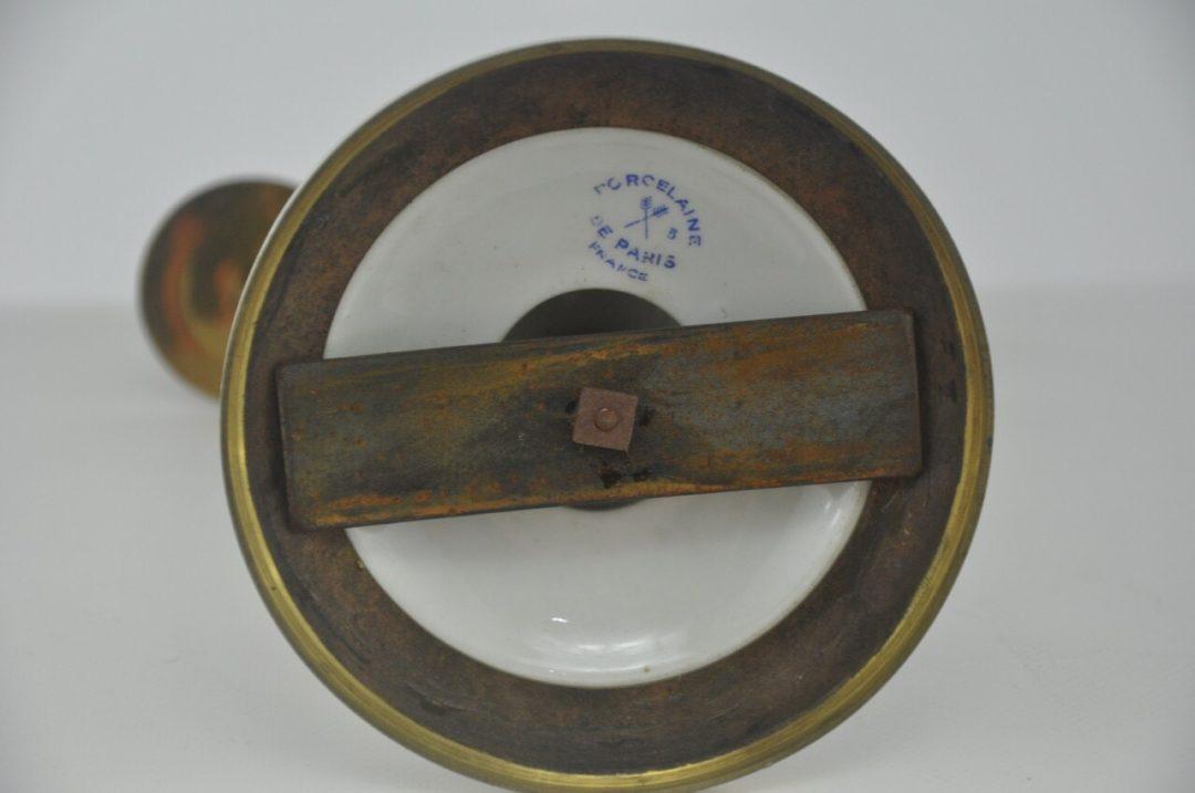 Винтажные фарфоровые подсвечники в бронзовой оправе
