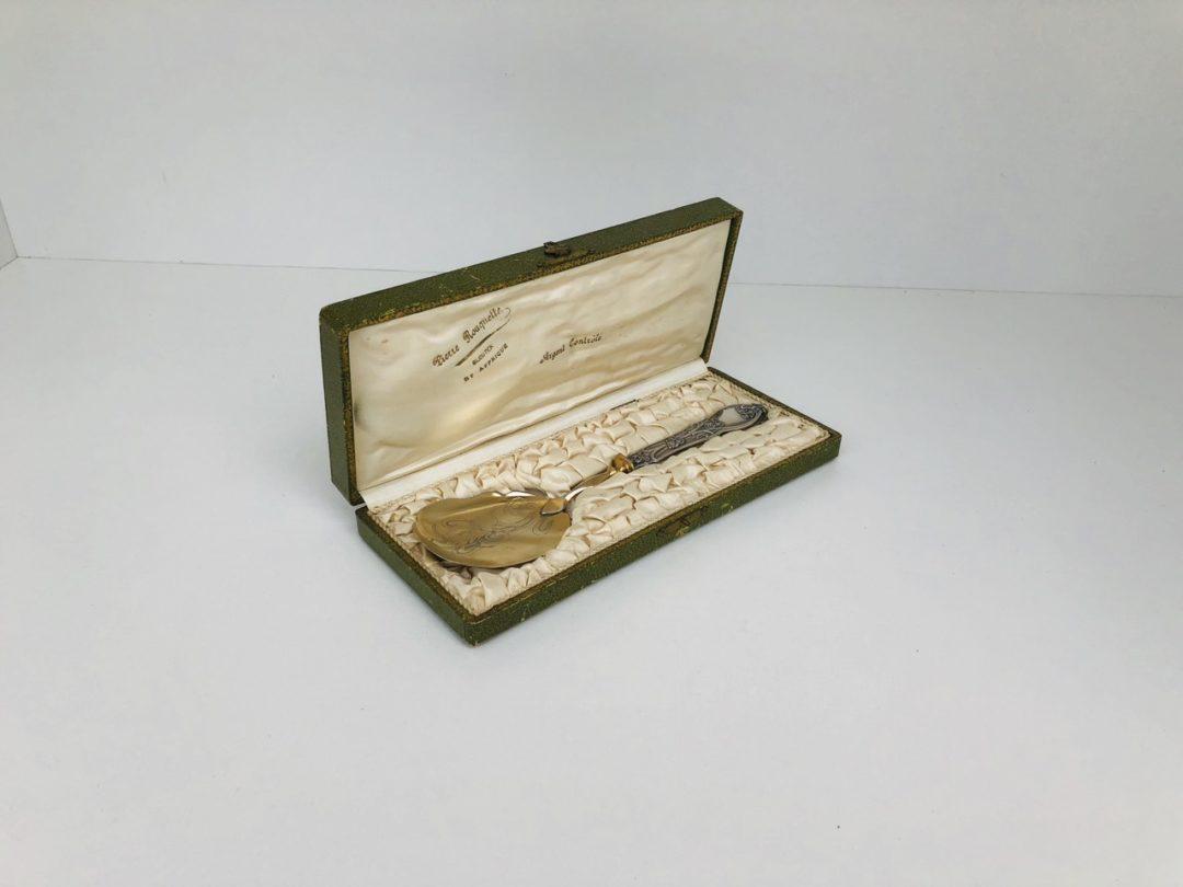 Антикварная лопатка для мороженого с серебряной ручкой