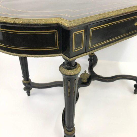 Антикварный стол эпохи Наполеона III