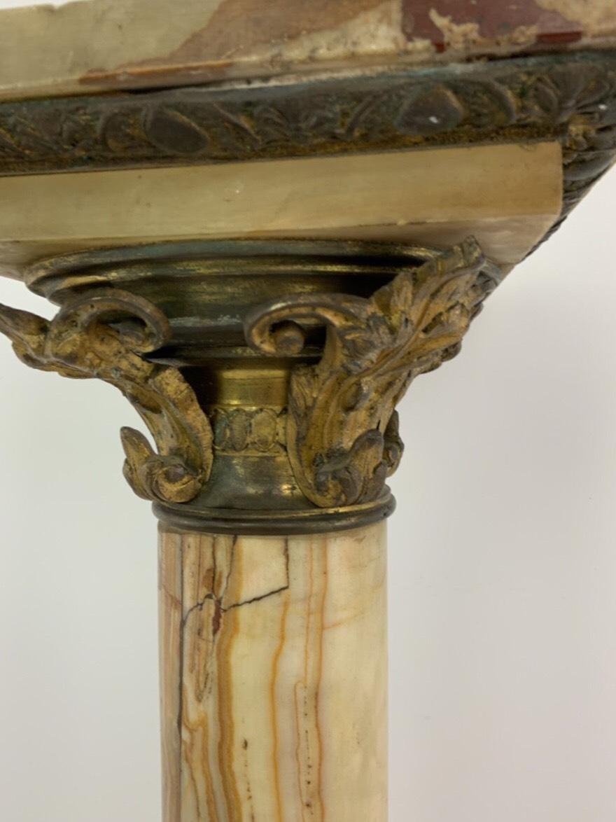 Антикварная мраморная колонна