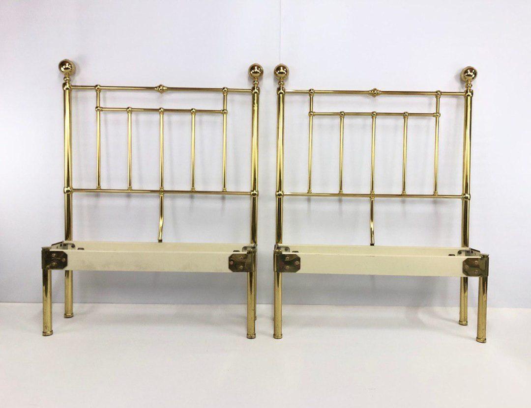 Винтажная пара кроватей из латуни