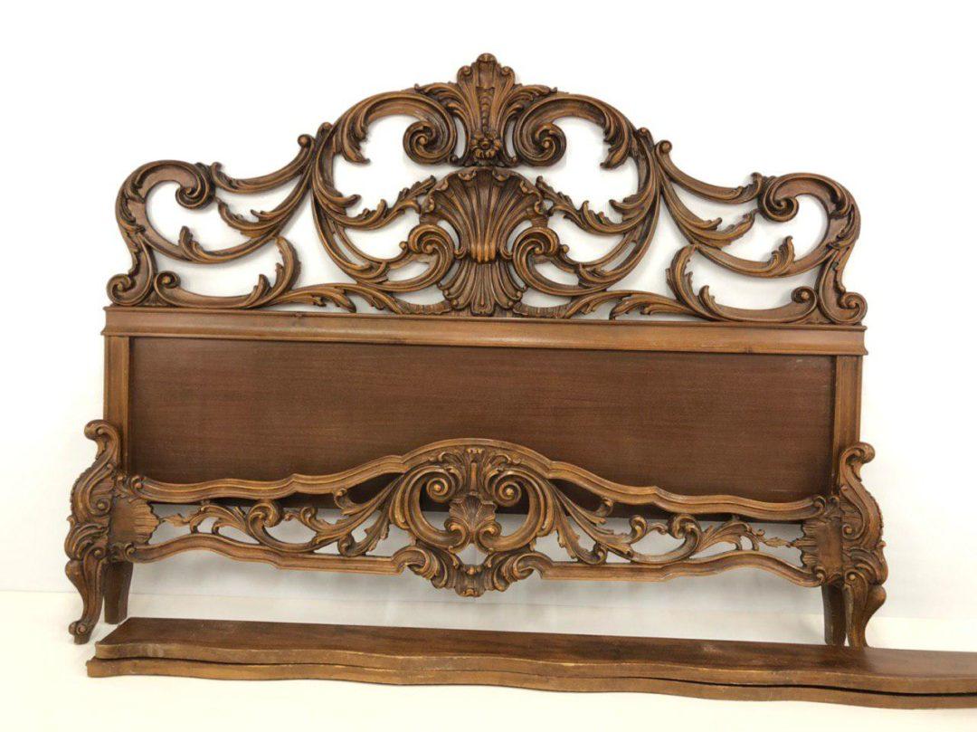 Винтажная резная кровать в стиле Барокко
