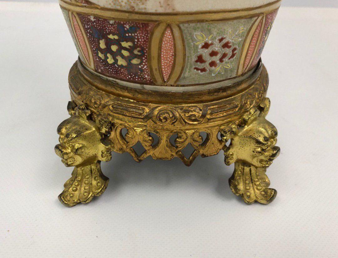 Антикварная ваза в стиле Шинуазри