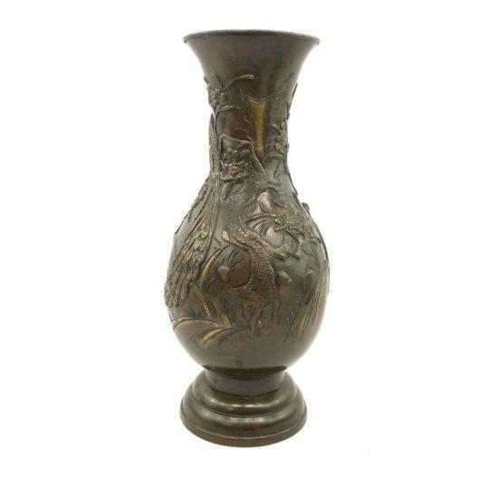 Антикварная японская ваза из бронзы