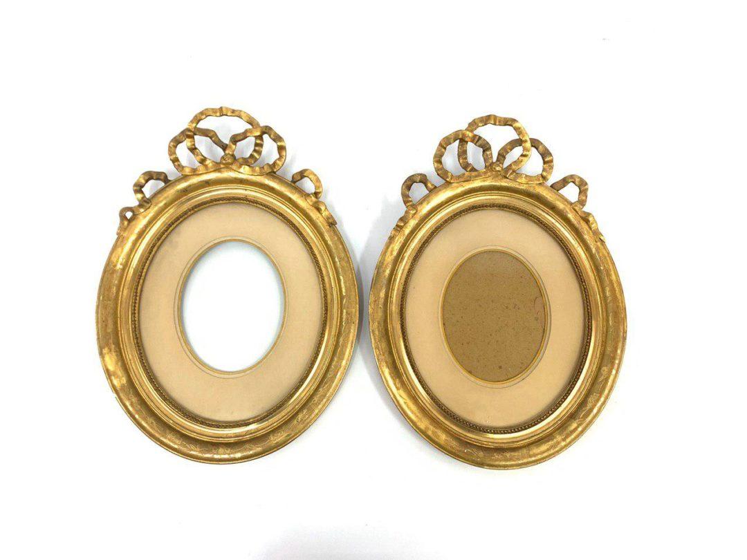 Пара антикварных рамок в стиле  Людовика XVI