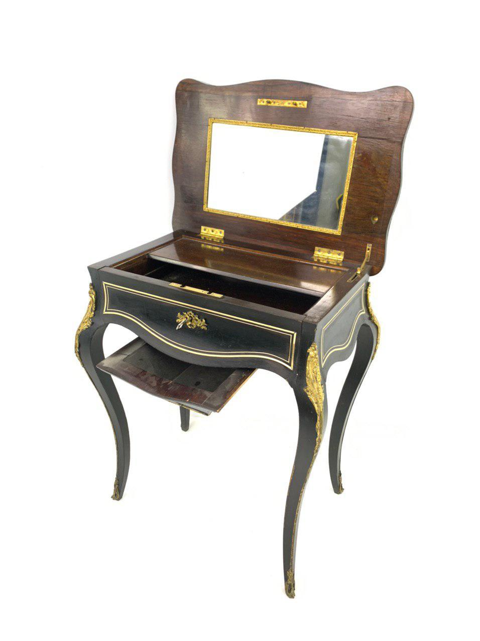 Антикварный столик для рукоделия эпохи Наполеона III