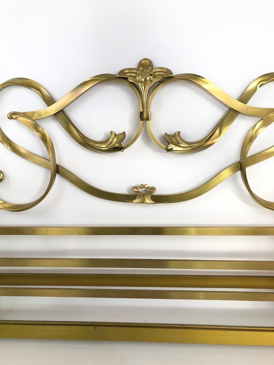 Винтажная кровать из бронзы в стиле Ар-Нуво