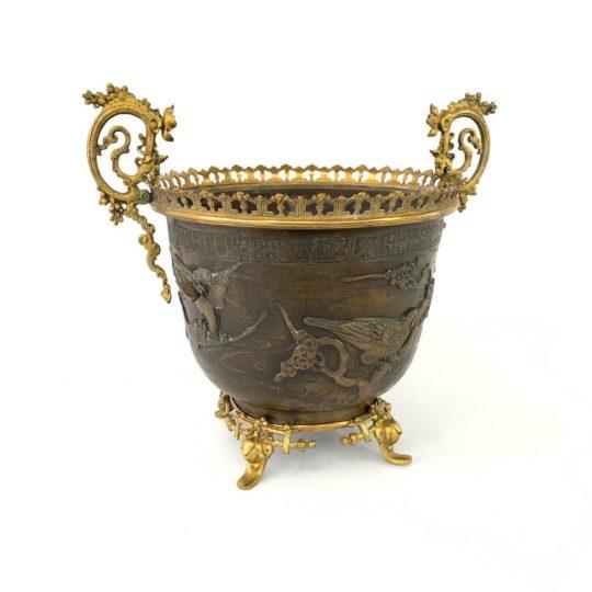 Антикварное кашпо из бронзы в стиле Шинуазри