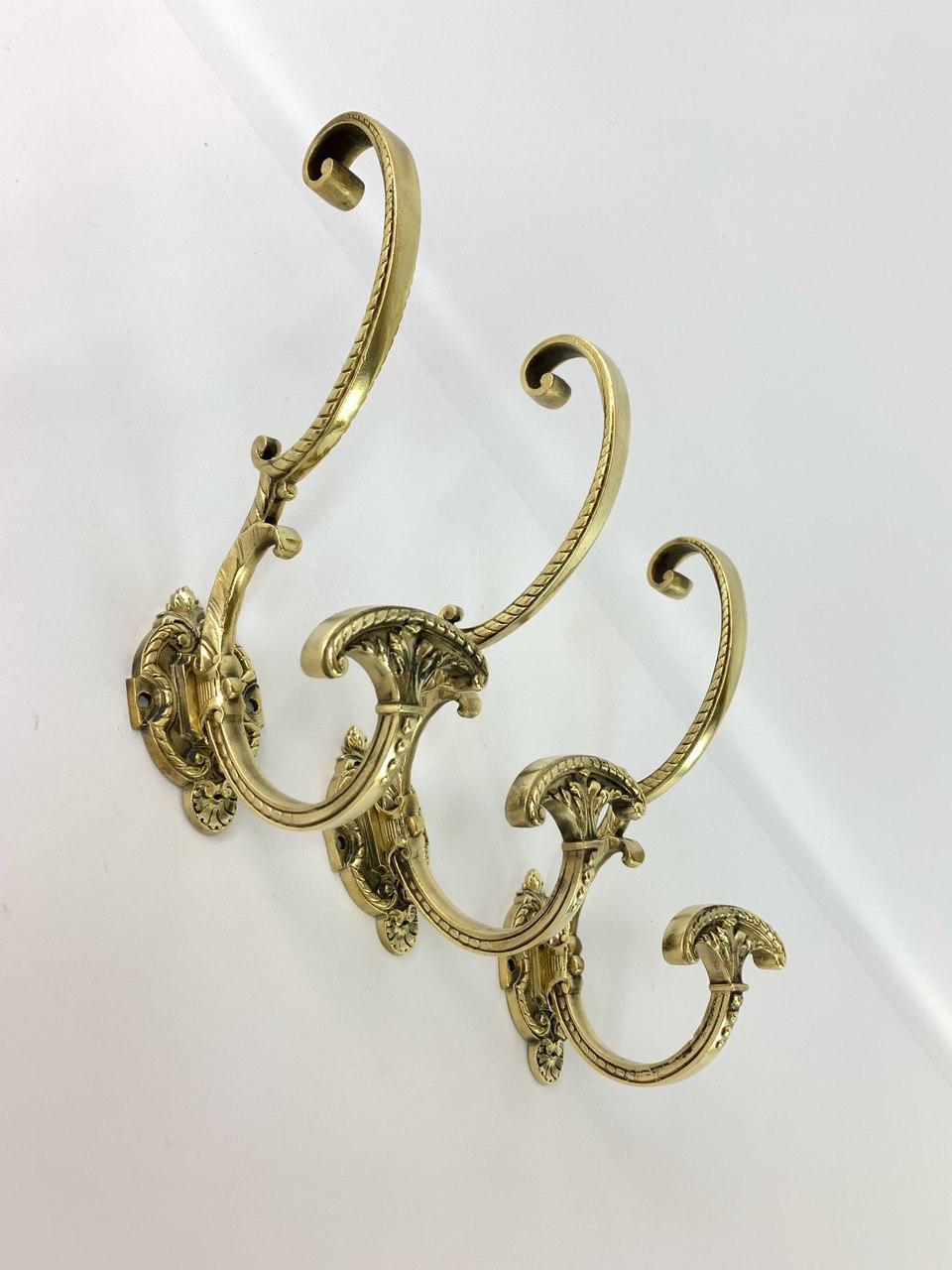 Антикварные крючки для вешалки