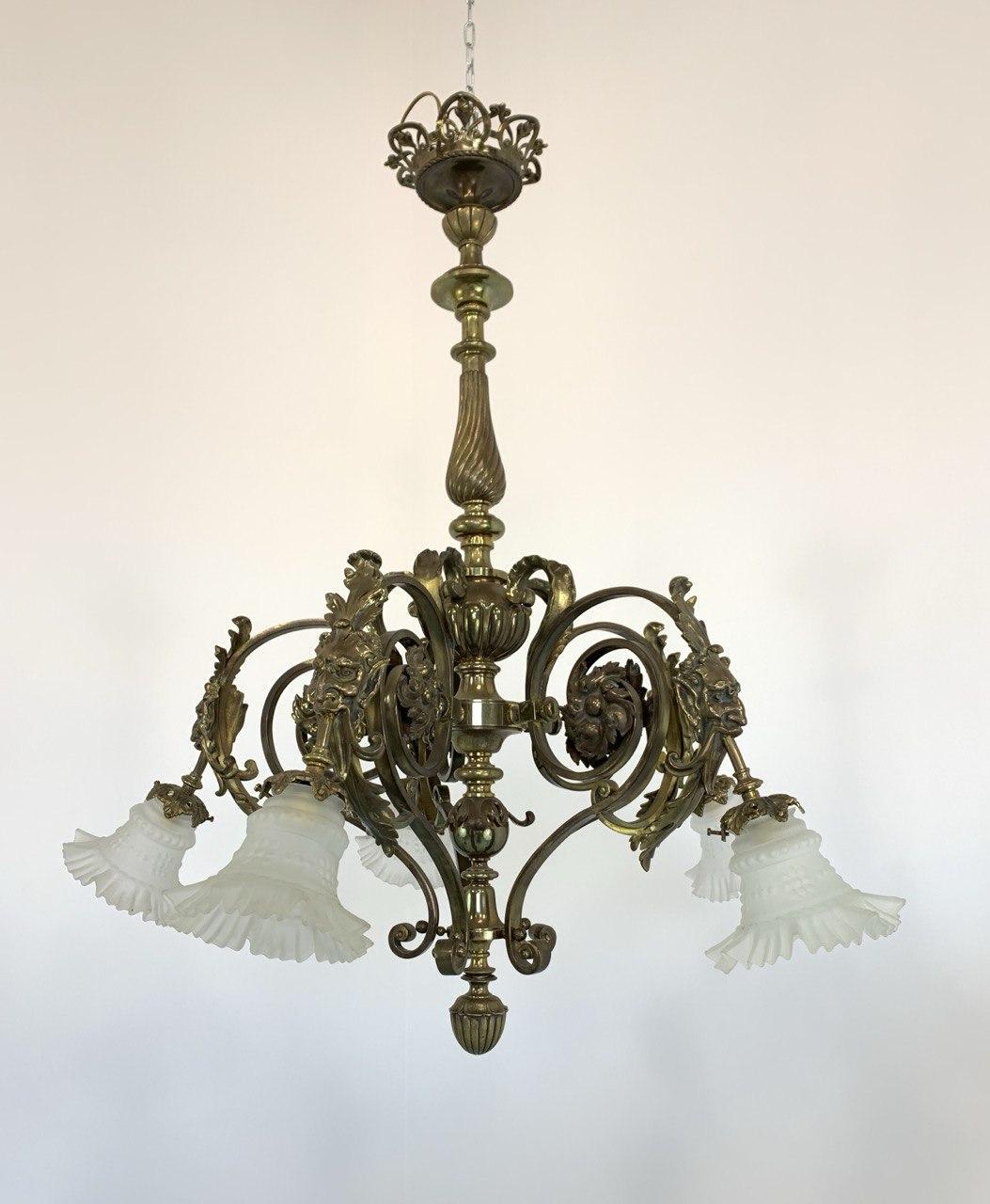 Антикварная люстра из бронзы в стиле Ренессанс