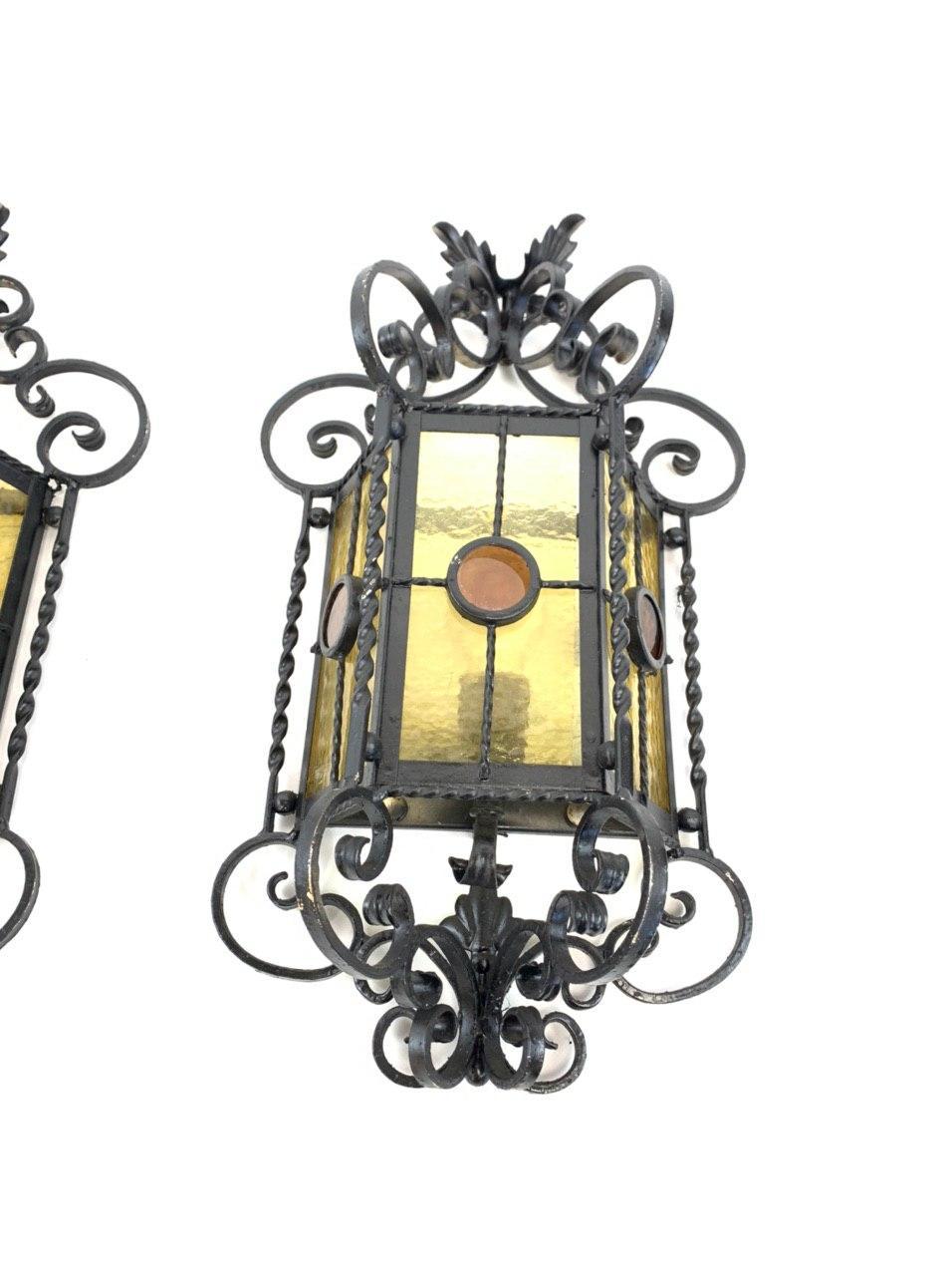 Винтажные уличные бра-фонари с витражами