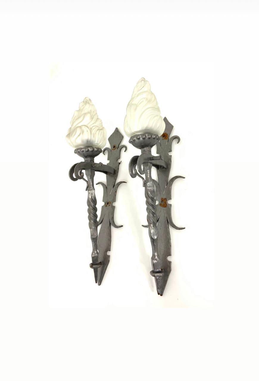 Винтажные бра в форме факелов