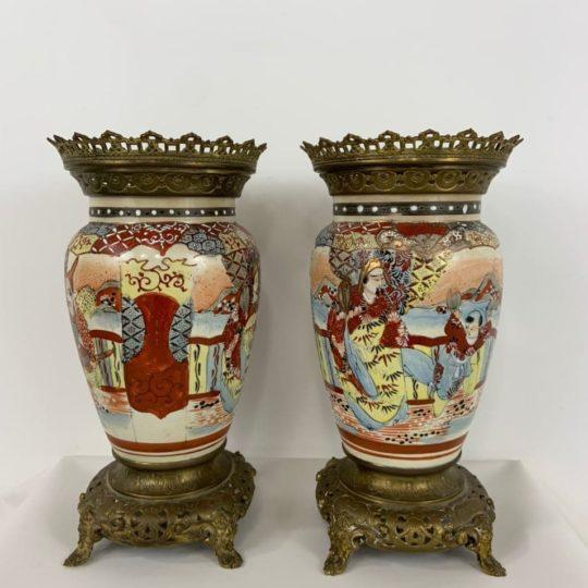 Антикварные вазы в стиле Шинуазри