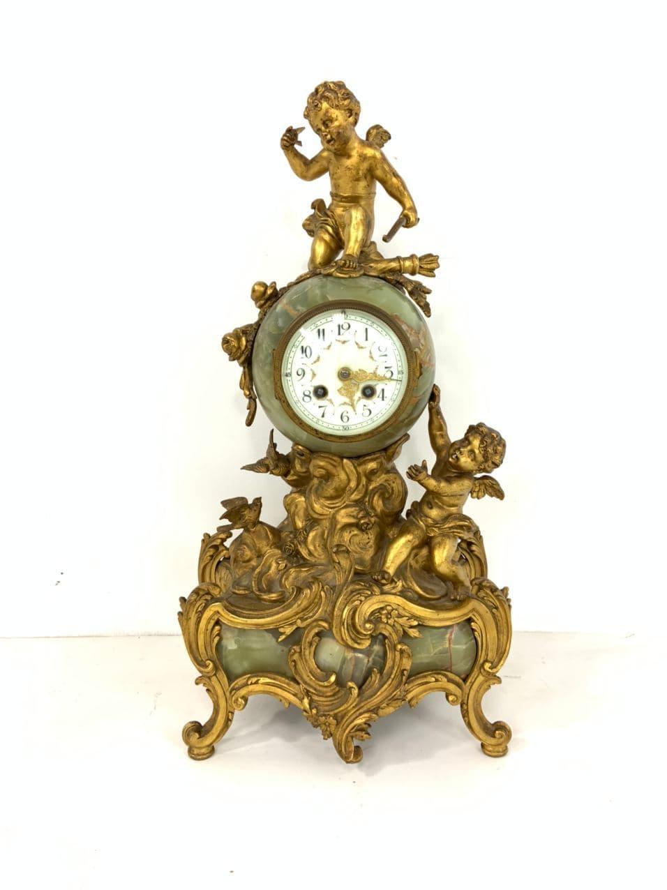 Античные часы из оникса