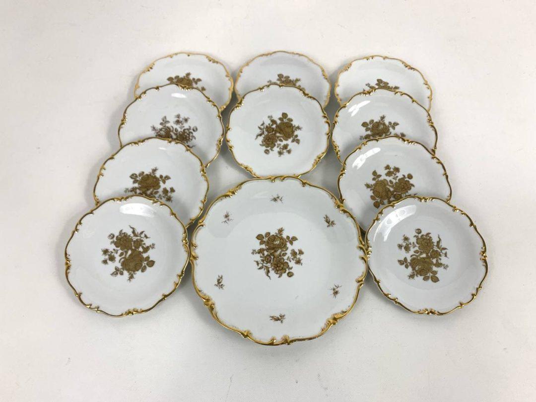 Винтажные десертные тарелки с блюдом
