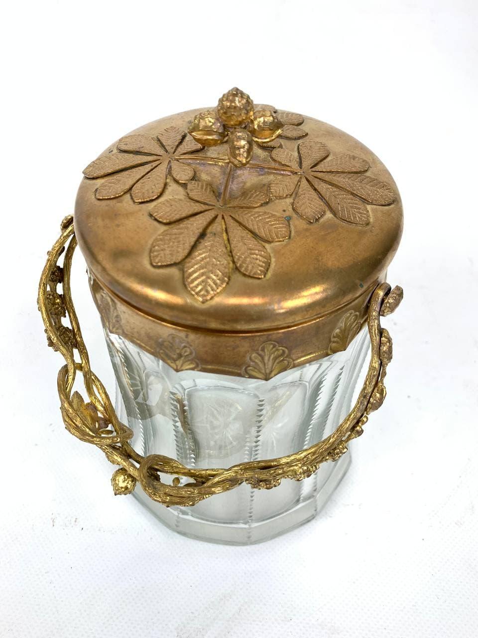 Антикварная бисквитница из бронзы и хрусталя