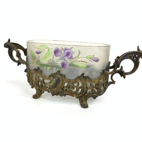 Антикварная ваза-кашпо