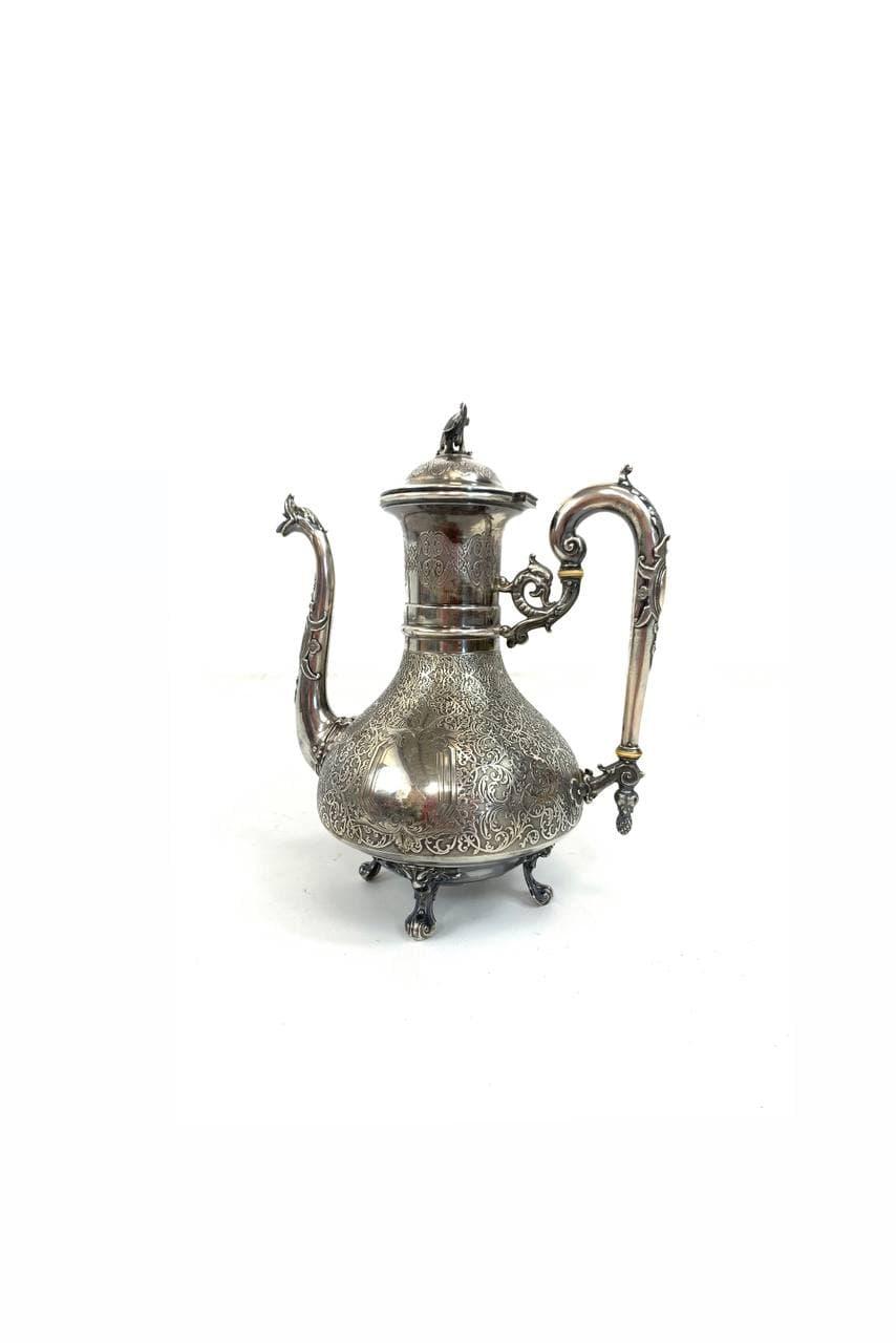Антикварный чайник из серебра ювелира Hertz, Simon