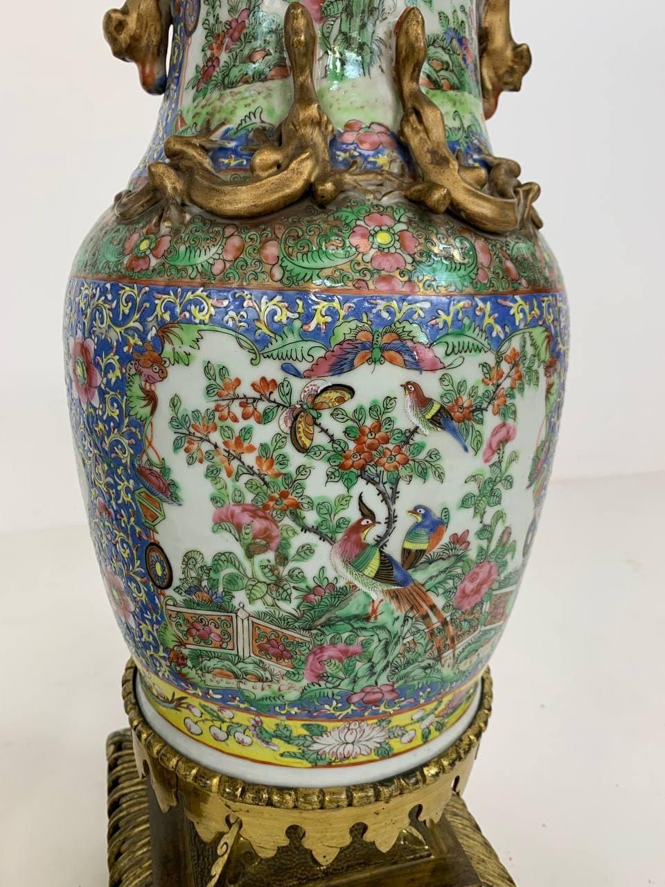 Антикварные парные вазы в восточном стиле