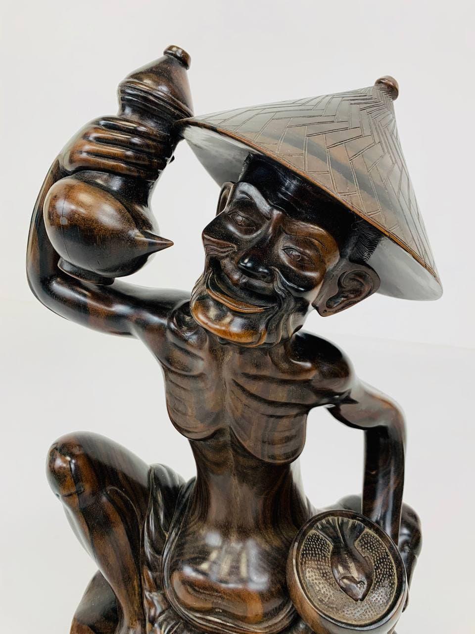Антикварная статуэтка из дерева эбен
