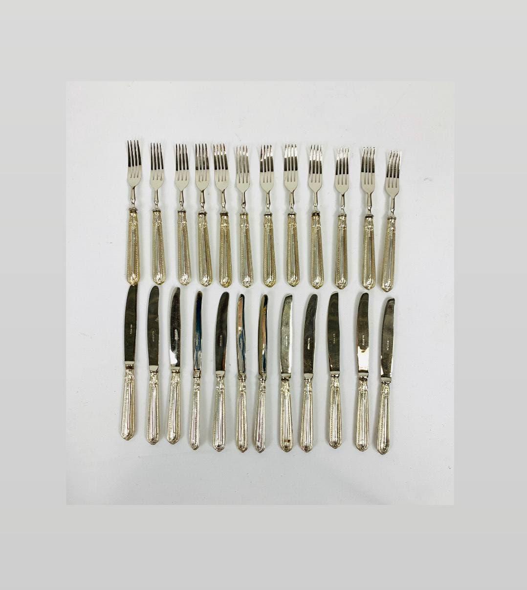 Винтажные десертные приборы с серебряными ручками марки Solingen