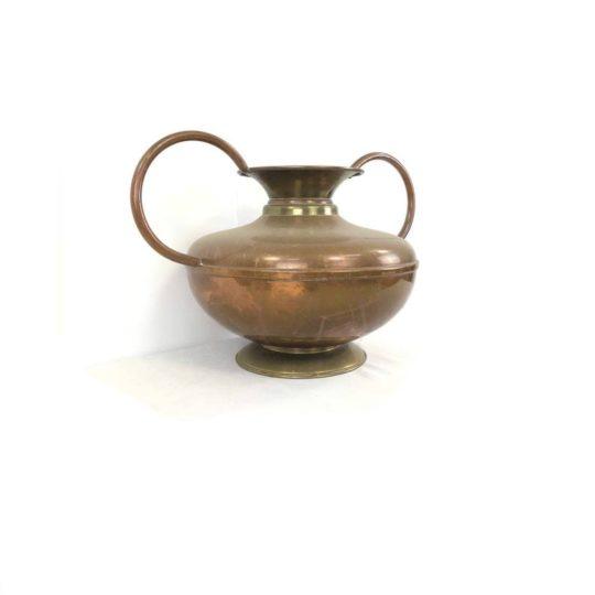 Винтажная медная ваза