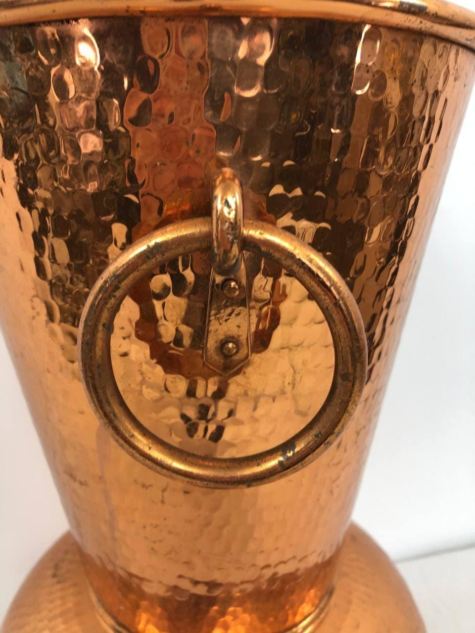 Винтажная ваза из меди
