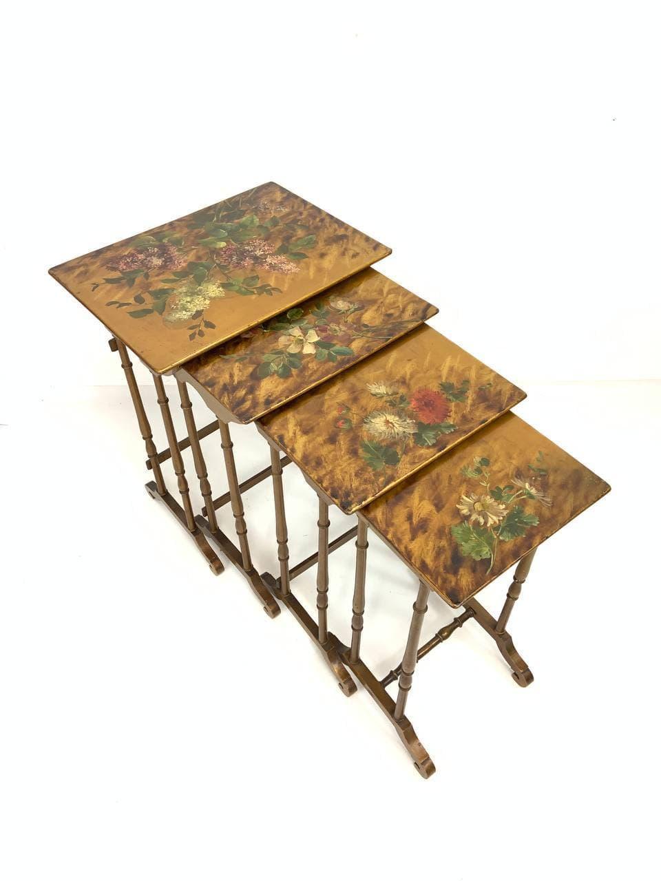 Антикварные расписные столики Жигонь