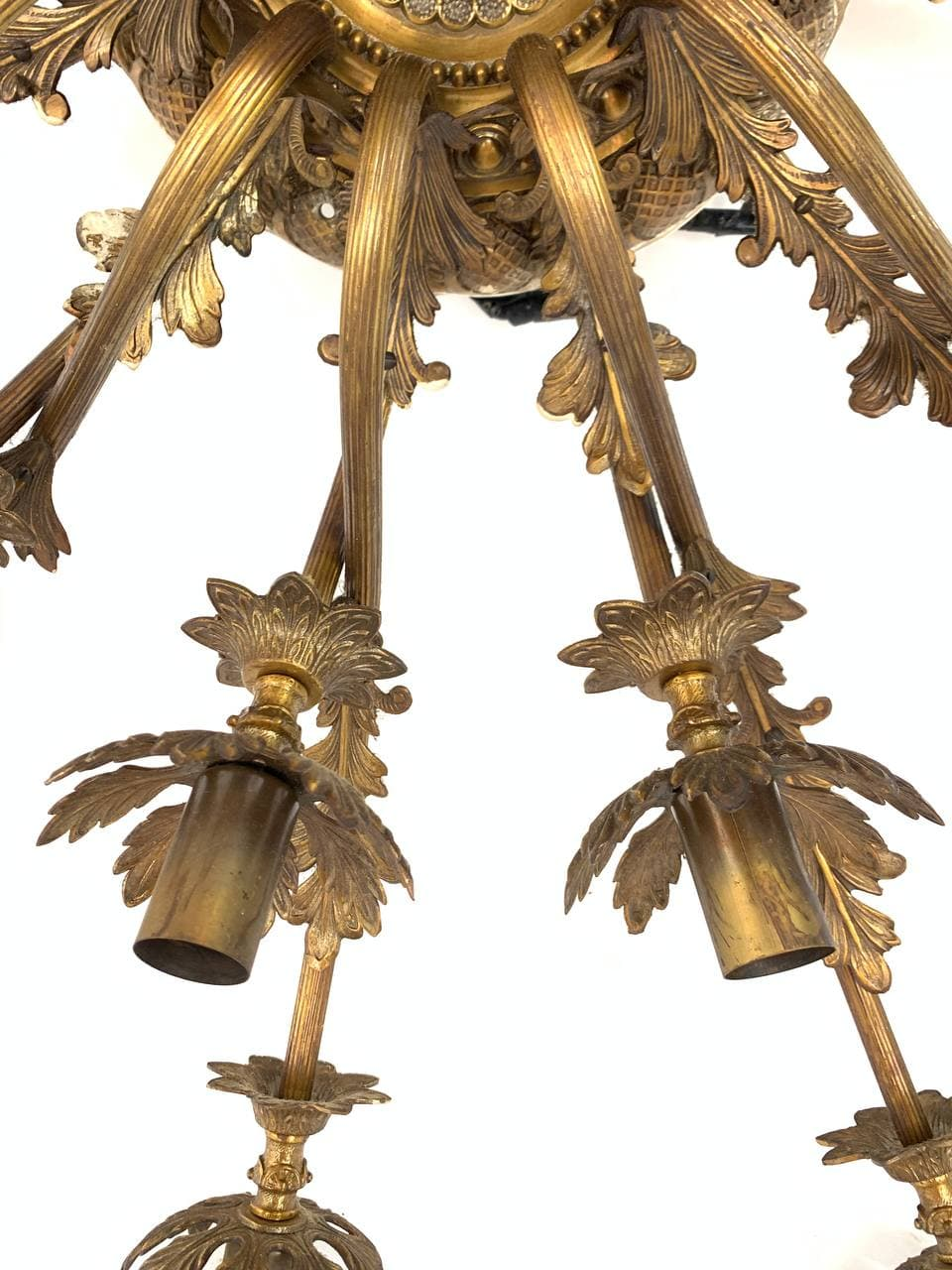 Винтажная бронзовая люстра на 25 огней
