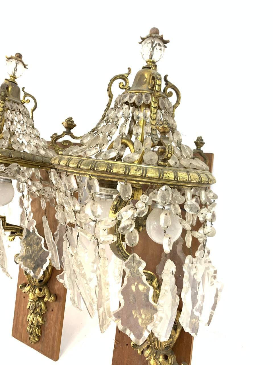 Антикварные бронзовые бра с хрусталём