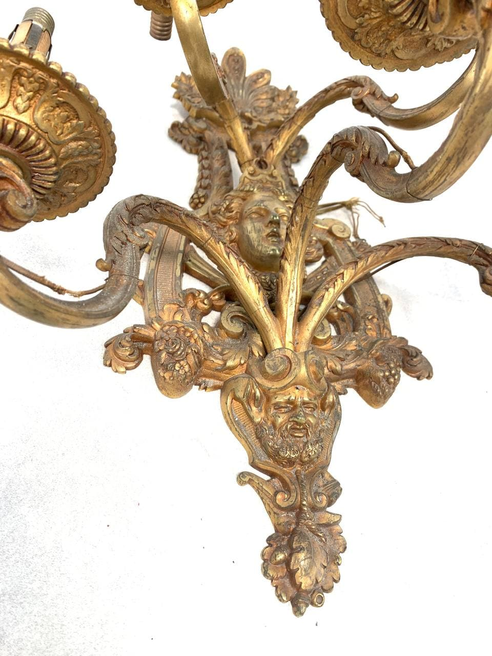 Антикварное бра из бронзы на 5 огней