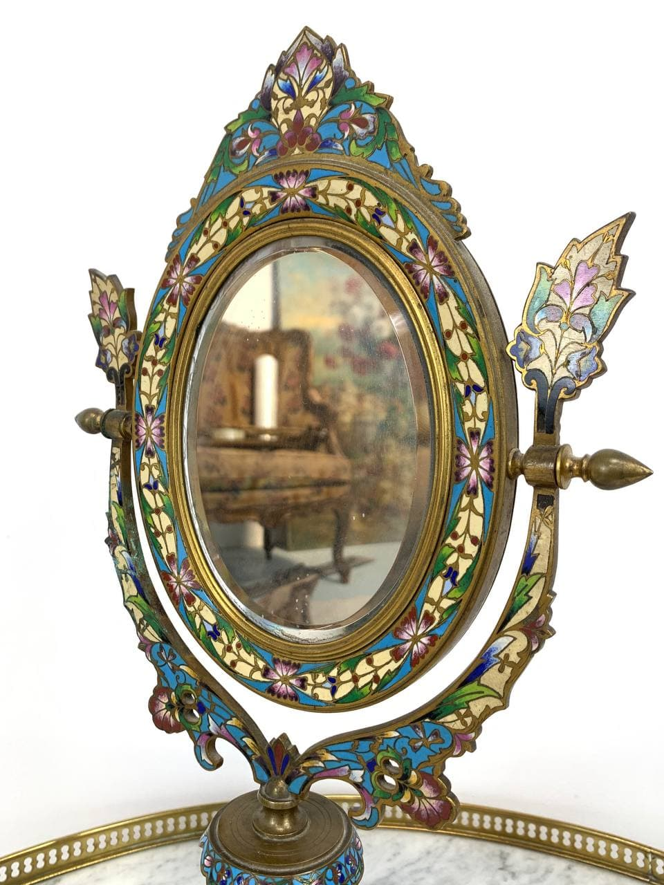 Антикварное бронзовое зеркало с перегородчатой эмалью