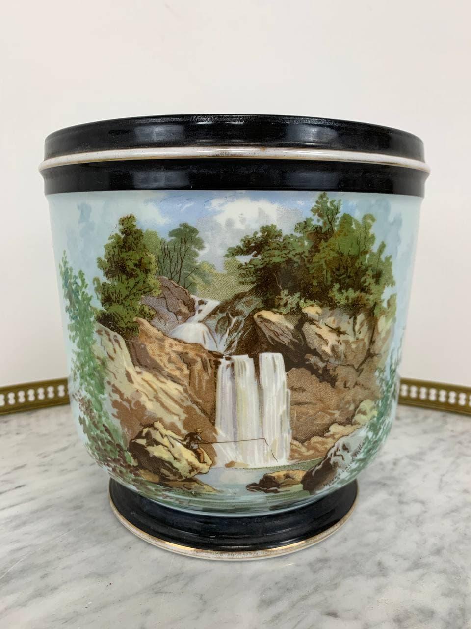 Винтажная ваза мануфактуры Limoges