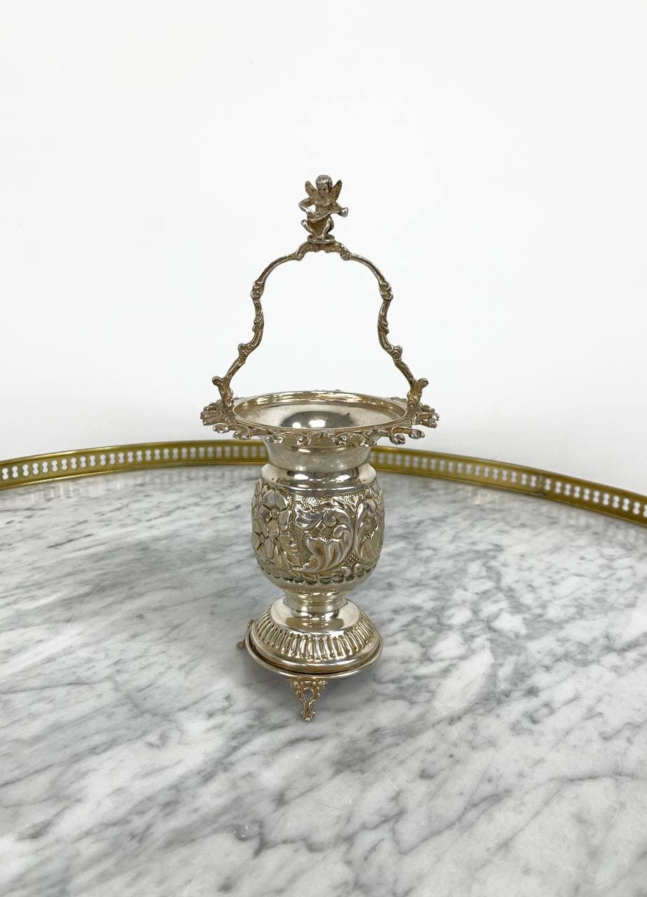 Антикварная вазочка из серебра