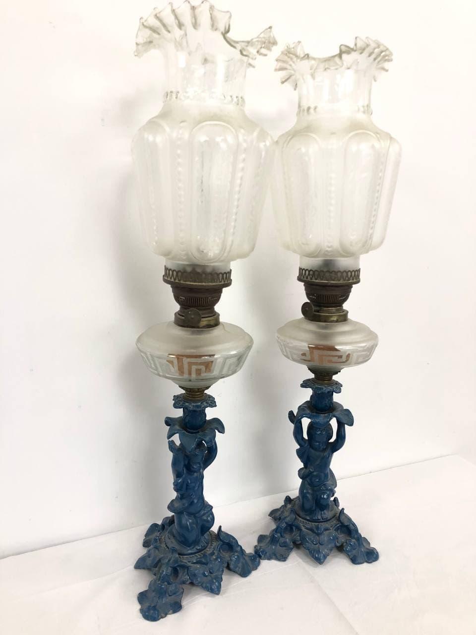 Антикварные керосиновые лампы из чугуна