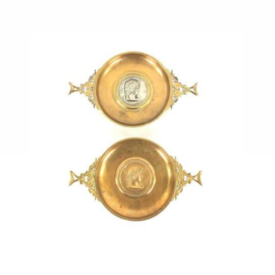 Антикварные бронзовые тарелки