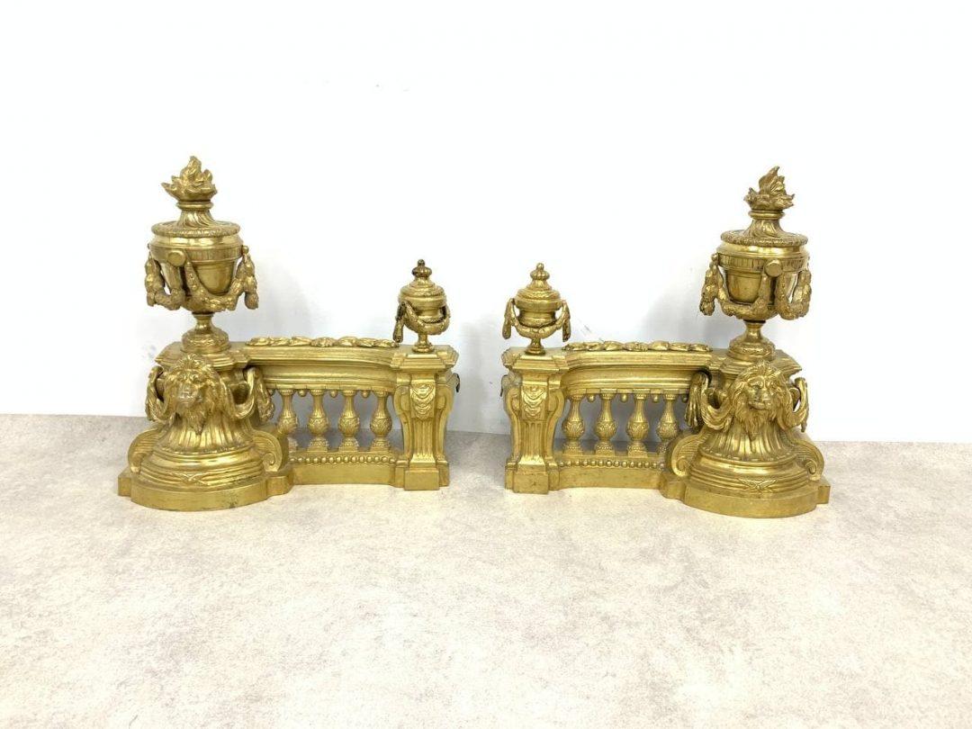 Антикварный каминный декор