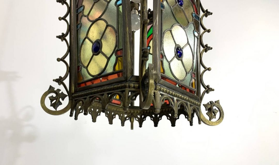 Антикварный бронзовый фонарь с витражами