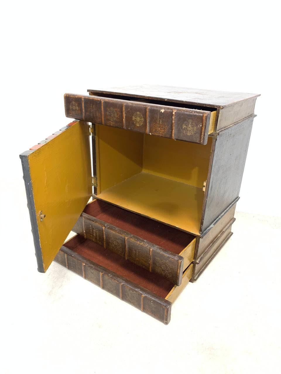 Антикварный кабинетный накопитель-тайник
