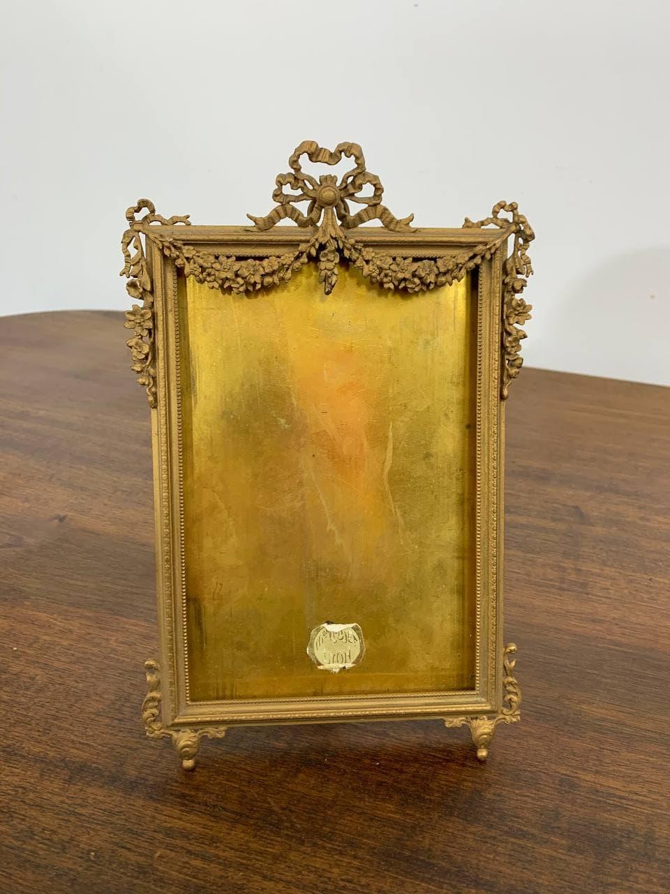 Антикварная бронзовая рамка