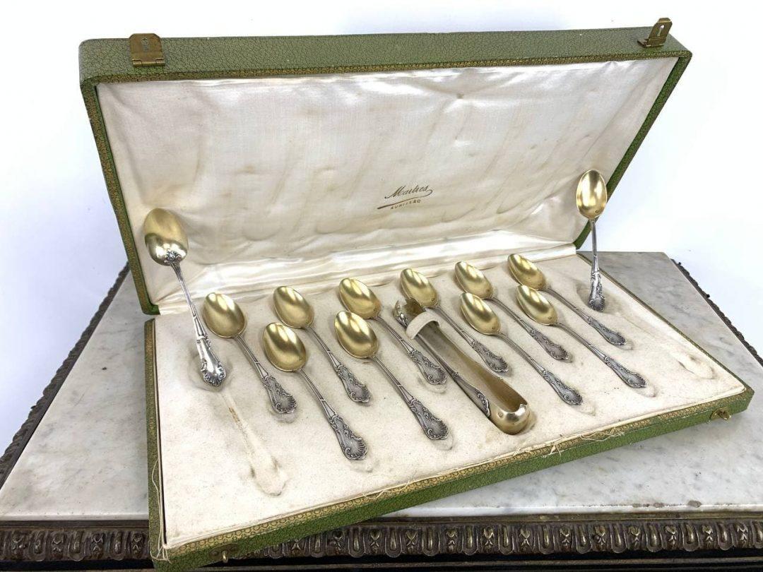 Антикварный набор серебряных ложечек с позолотой