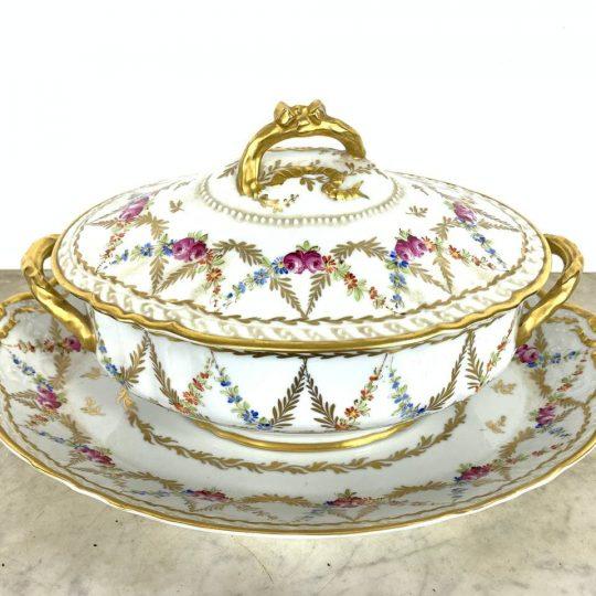 Антикварная супница с блюдом «Porcelaine de Paris»