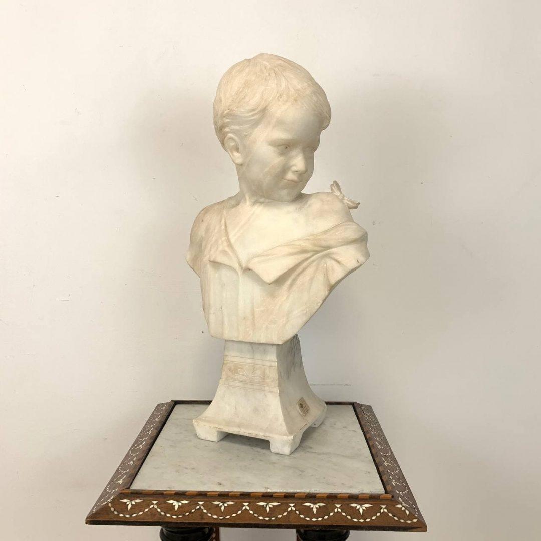 Антикварная мраморная статуэтка