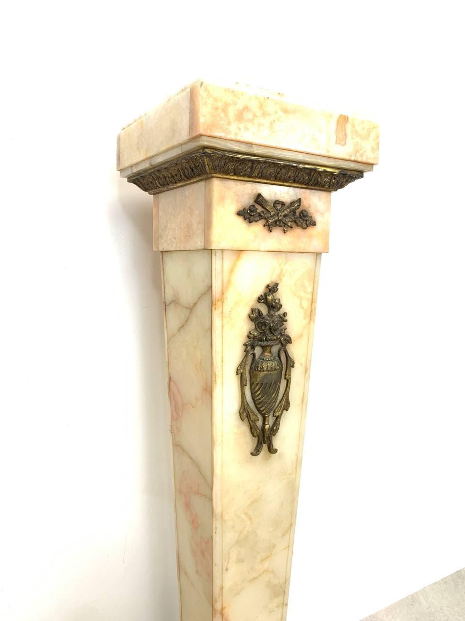 Антикварная колонна из оникса