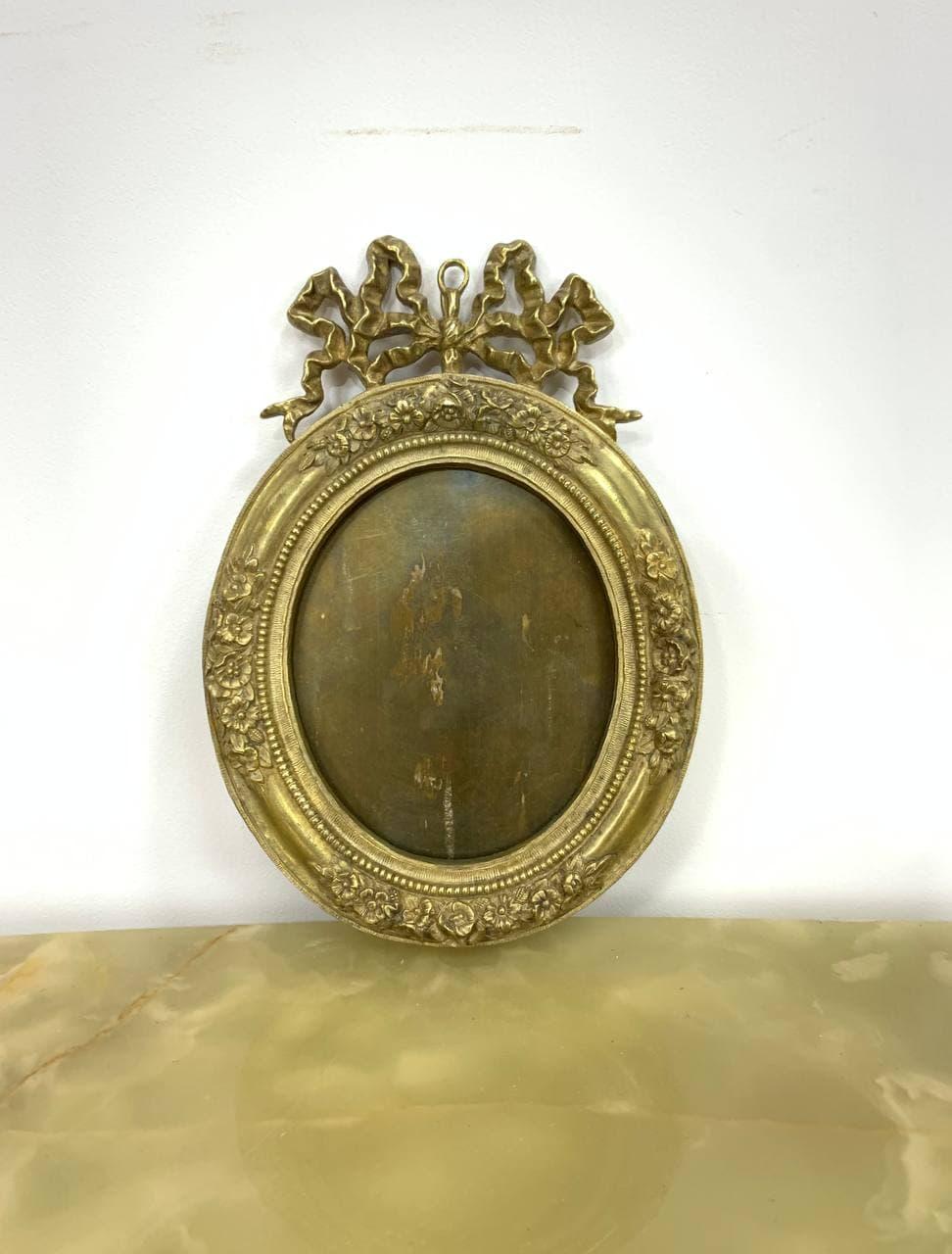 Антикварная подвесная рамка из бронзы