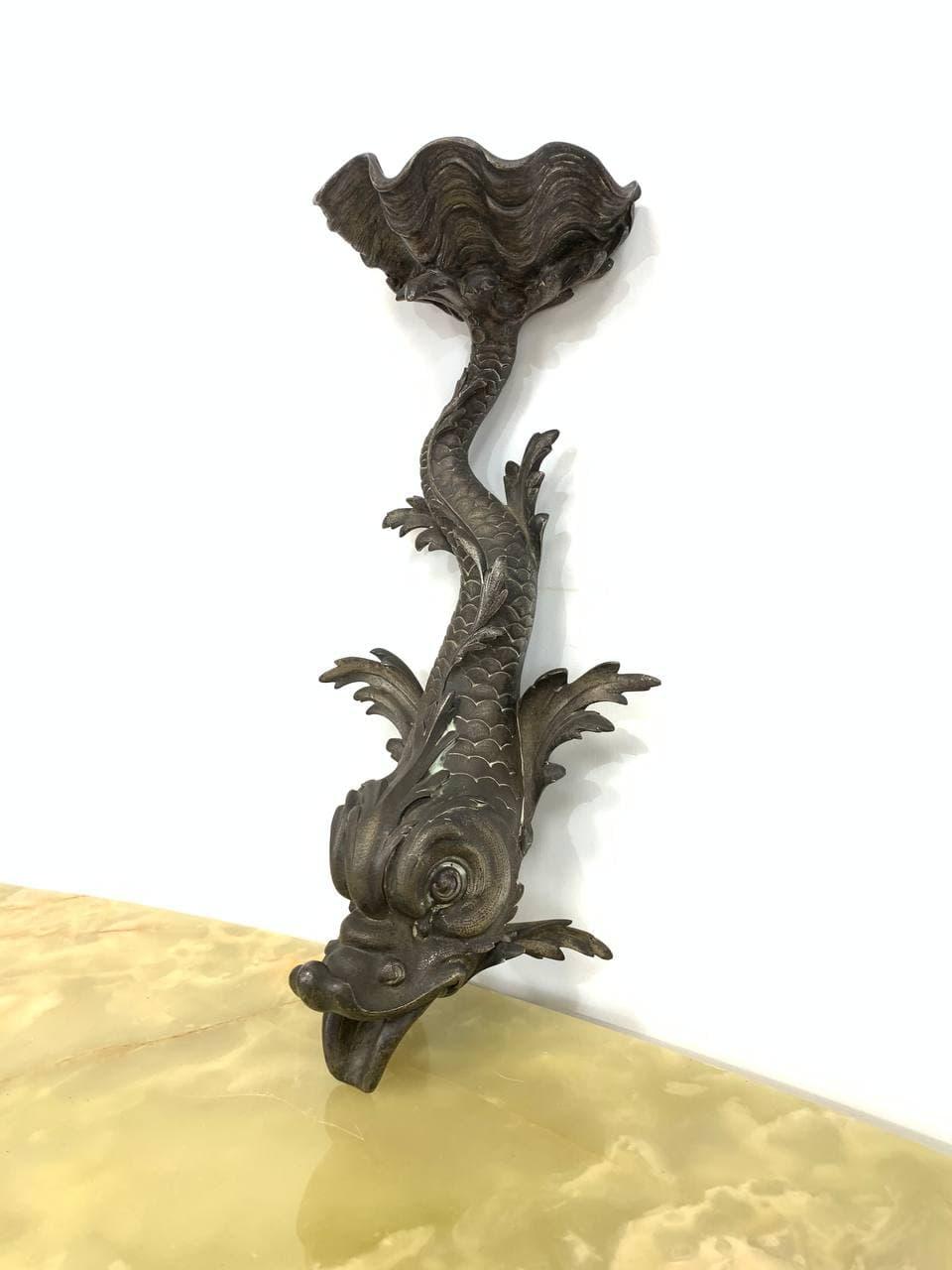 Антикварный бронзовый фонтан