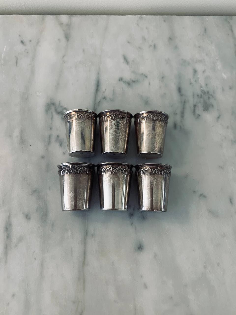 Антикварной набор рюмок из серебра