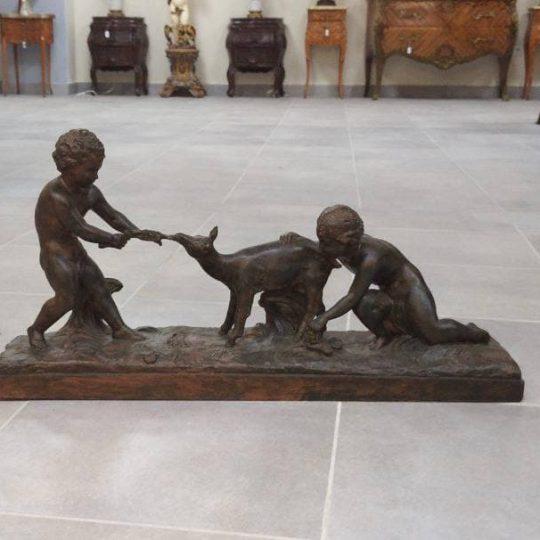 Антикварная скульптура из терракоты