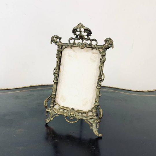 Антикварная бронзовая рамка для фотографии